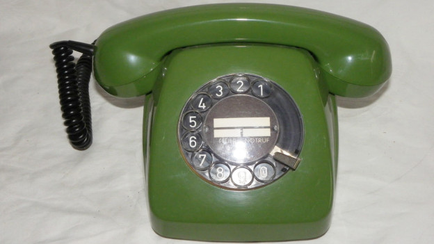 Audio «Swisscom zieht analogen Telefonen den Stecker» abspielen.
