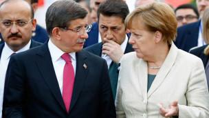 Audio «Steht Flüchtlingsabkommen mit Türkei auf der Kippe?» abspielen.
