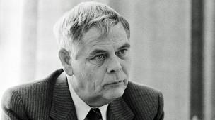 Audio «Hans-Rudolf Strasser – eine Todesanzeige wirbelt Staub auf» abspielen.