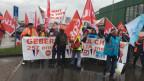 Die Demonstranten trotzten auch dem Regen.