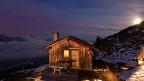Alphütte in Obersaxen/GR bei Mondschein