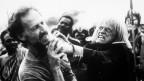 Klaus Kinski während eines Tobsuchtsanfalls.