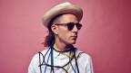 Audio «Einmal quer durch's Universum von DJ Captain Planet» abspielen.
