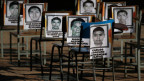 Der Fall Ayotzinapa zeigt Missstände bei Mexikos Polizei und Justiz besonders deutlich. Nach einer Polizeikontrolle verschwinden über 40 Lehramtskandidaten spurlos. Für die offizielle Version der Staatsanwaltschaft, Verbrecher hätten sie entführt und anschliessend verbrannt, gibt es kaum Beweise.