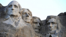 Laschar ir audio «Tipic american – il Mount Rushmore».