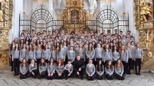 Laschar ir audio «UT UNUM SINT – Chor da la scola claustrala Mustér».