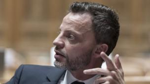 Audio «Debatte: Braucht die Schweiz ein Verfassungsgericht?» abspielen.