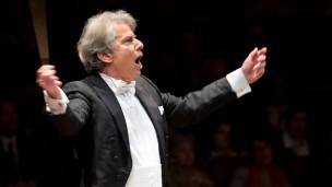 Audio «Bayreuther Festspiele: Festivaleröffnung mit Hartmut Haenchen» abspielen.