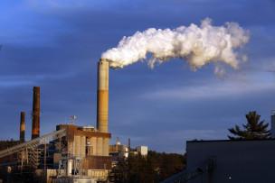 Audio «Barack Obama sagt Kohlekraftwerken den Kampf an.» abspielen.