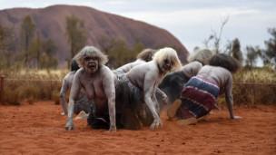 Audio «Australien: besiedelt oder war das eine Invasion?» abspielen.