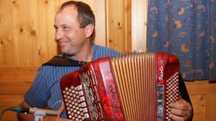 Audio «Livesendung aus Meiringen vom Schweizer Gesangfest» abspielen.