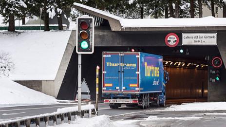 Audio «Zweite Röhre am Gotthard: ja oder nein?» abspielen.