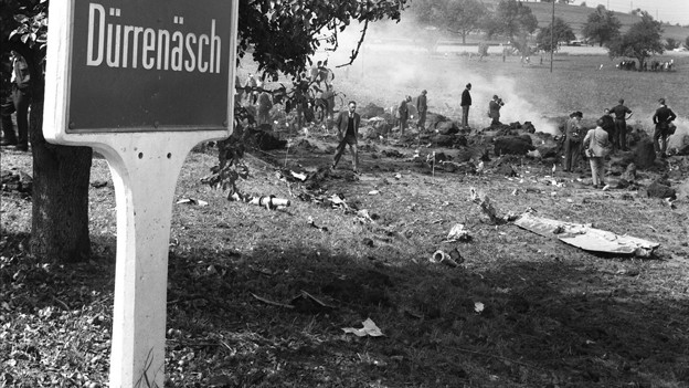 Bilder des Schreckens: Der Flugzeugabsturz am 4.September 1963 erschütterte die aargauer Gemeinde Dürrenäsch.
