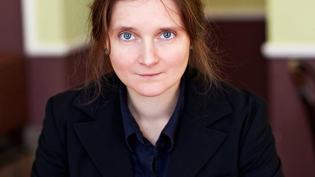 Marion Poschmann ist mit «Die Sonnenposition» ein sprachlich kunstvoller, sinnlicher Text gelungen. - 182594.131215_52bb