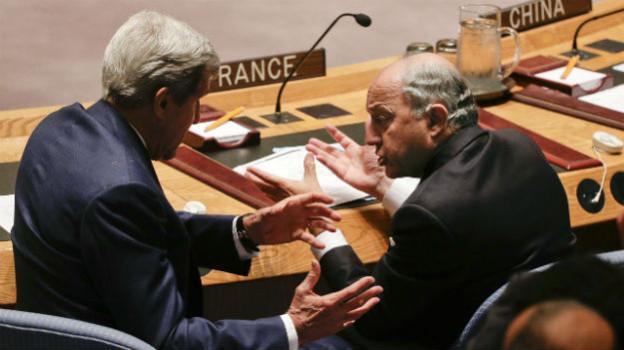 Kerry und Fabius diskutieren am UN-Hauptquartier in New York