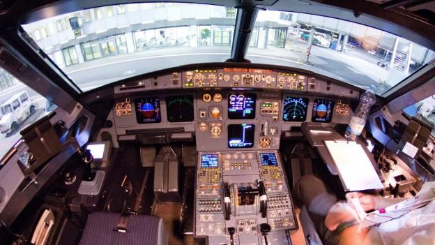 Aufnahme eines Cockpits einer Germanwings-Maschine vom Typ Airbus A320.