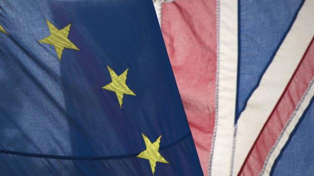 Die europäische und die britische Fahne vereint auf einem Bild